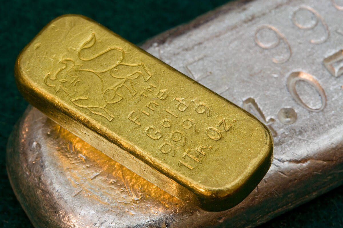 3 Reasons to Invest in Precious Metals