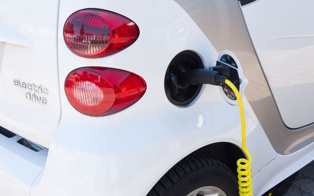 Gas vs. Electric Cars: Which is More Cost-Effective?